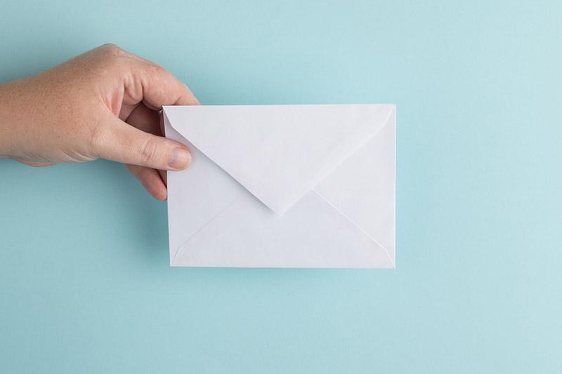 como escrever um e-mail de vendas para clientes