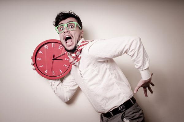 A falta de tempo causa stress e desmotiva as esquipes.