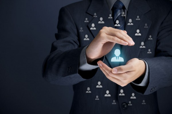 Implementar uma cultura de CRM significa ter o cliente no centro das atenções.